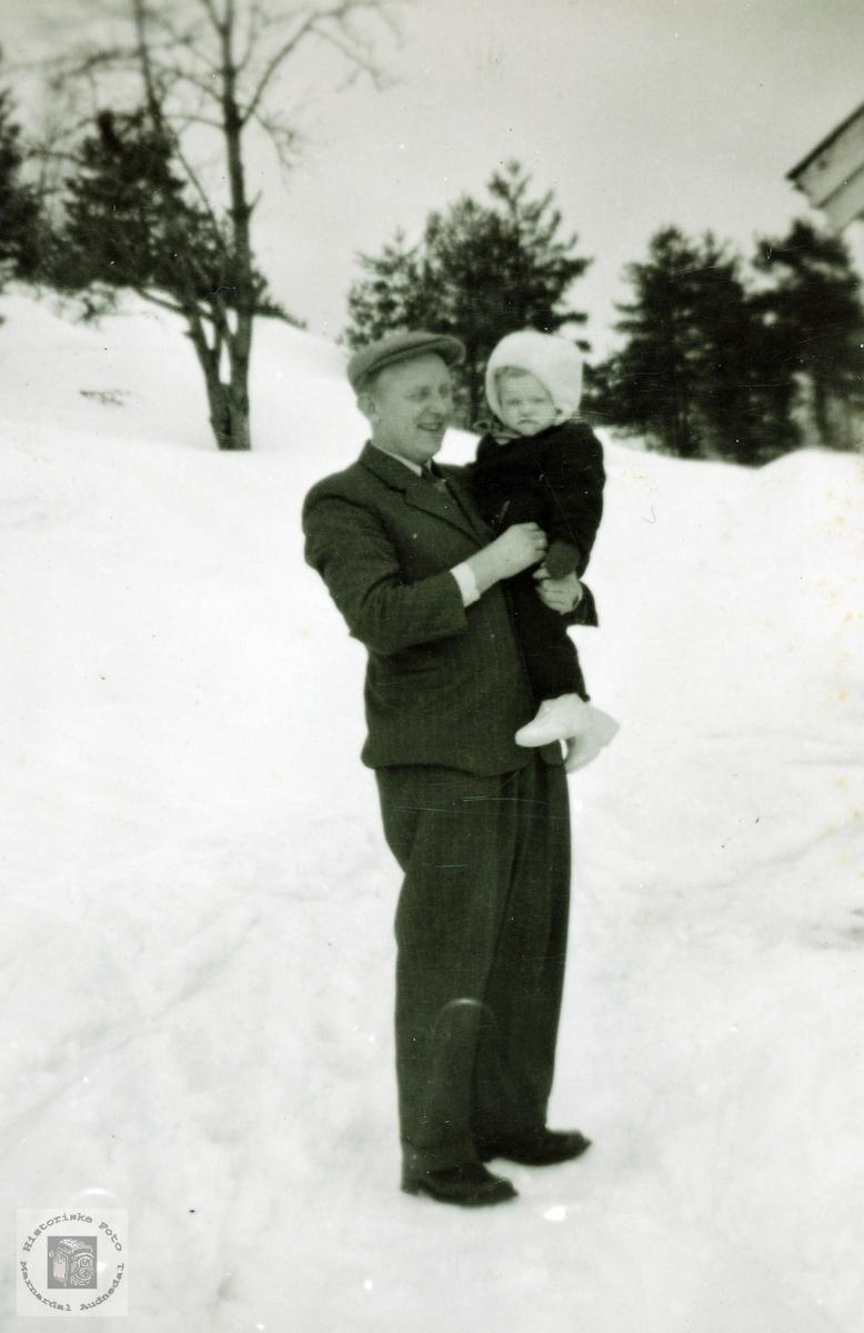 Portrett av far og datter Øydna. Grindheim.