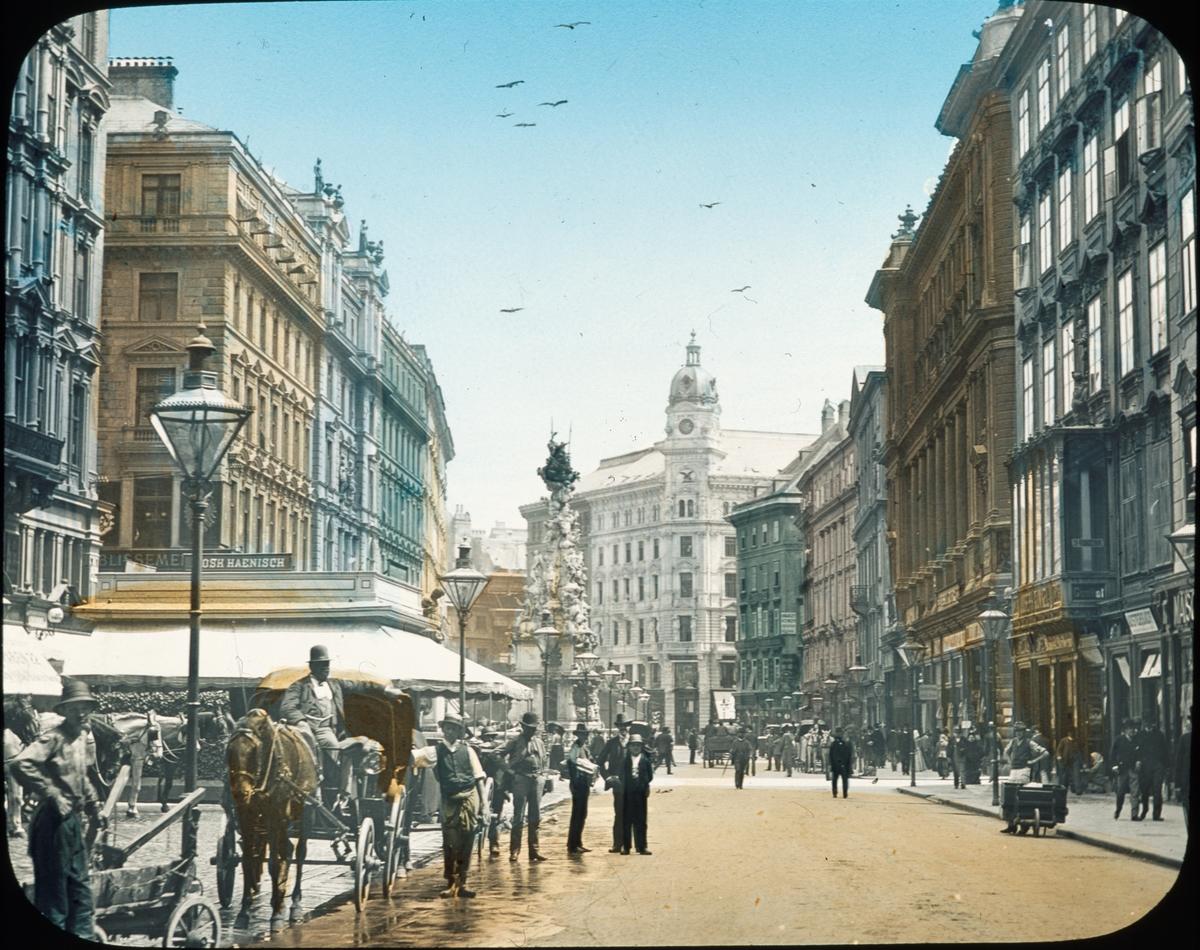 "Kolorerad skioptikonbild av York & Son, London 1890-tal. ""Vienna - The Graben"" ur bildserien France to Buda-Pesth."