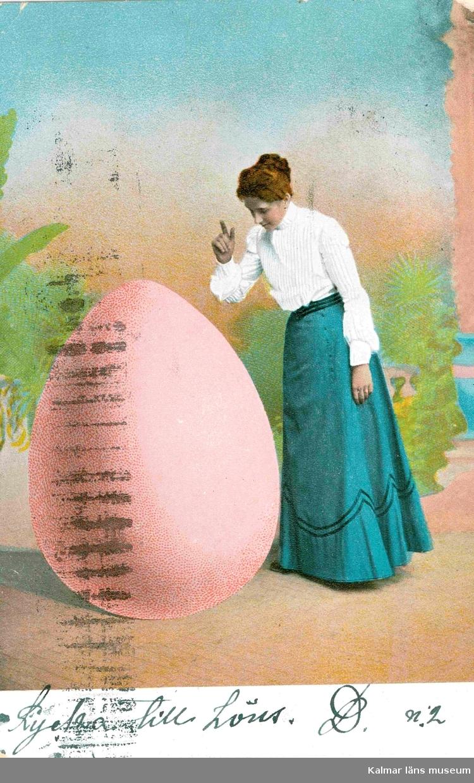 """Vykort skickat till Kristina Andersson, född 1865 i Böda, syster till N J Andersson, när hon bodde i USA. Skrivet av Edvard Nilsson i  Böda. På kortets nedre del står skrivet: """"Lycka till Höns."""""""