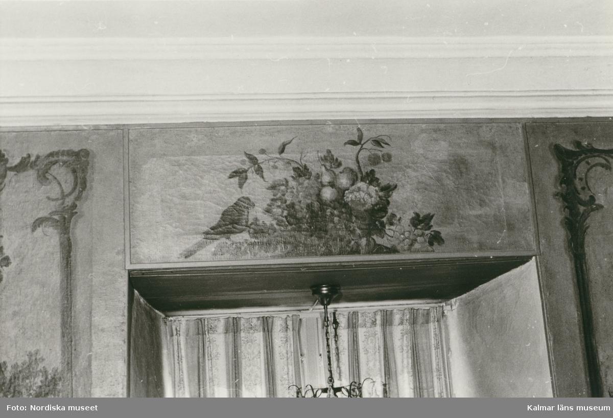 Kvarteret Gästgivaren 5 - Väggmålning i nedre våningens sal.
