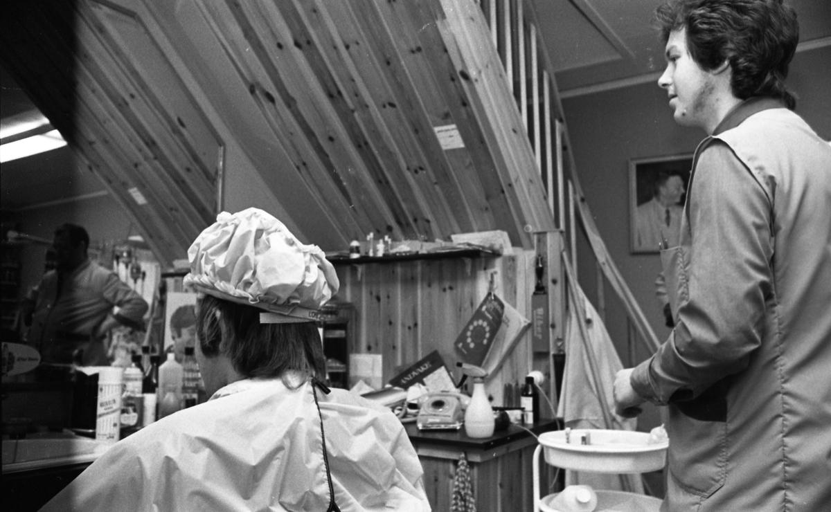 Strukturbehandling hos frisør S.O. Grønsund.