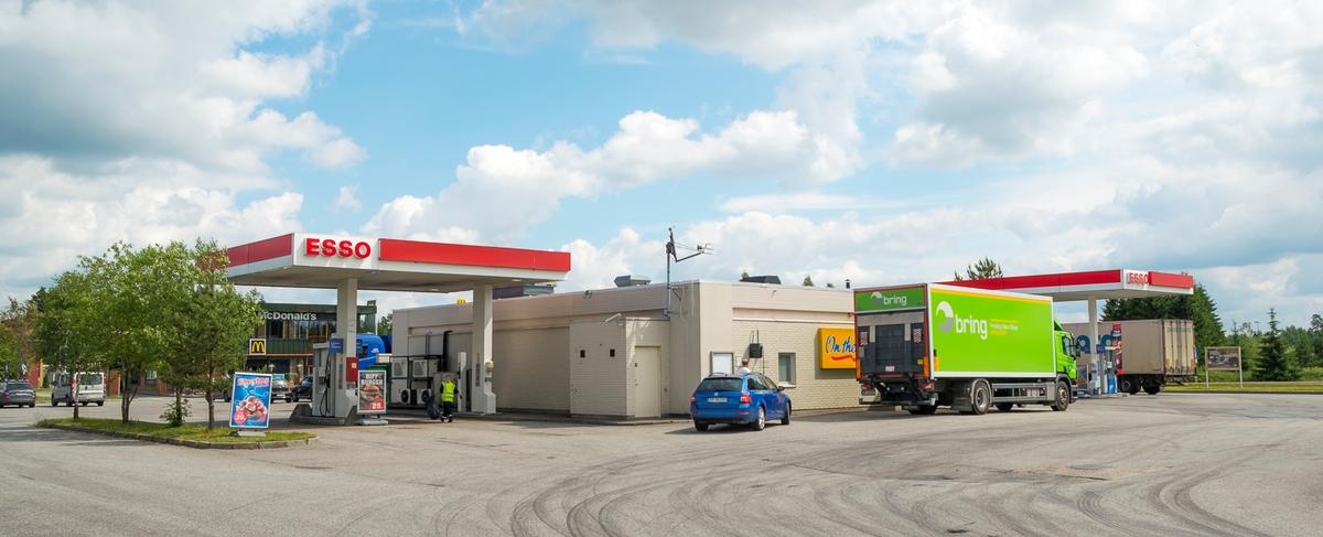Esso bensinstasjon Jessheimvegen Gardermoen Ullensaker