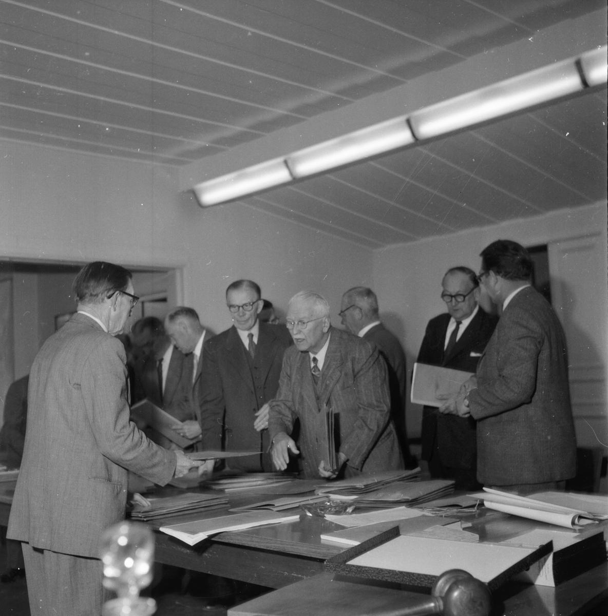 Sammanräkning av rösterna i stadsfullmäktigevalet. 28/9 1958