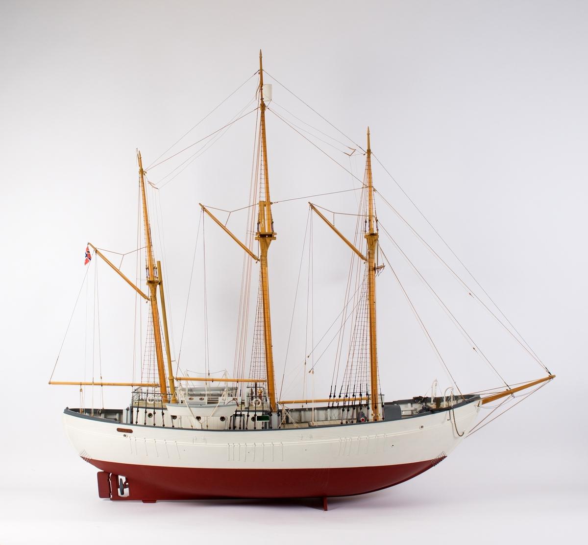 Skipsmodell av polarskipet MAUD