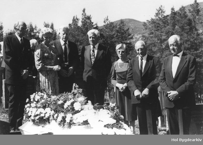 Gravferd, Oliva Dalen, gravfølgje, begravelse, båre, gruppeU7,