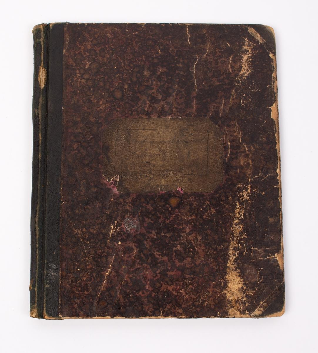 Dagbok skrevet av Anton Amundsen som var 1. maskinist ombord på polarskuten FRAM 1. oktober 1895
