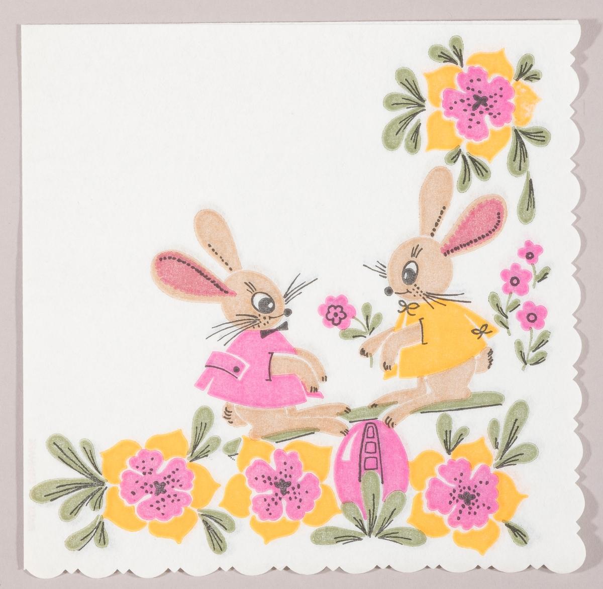 en påskehare med gul bluse og en påskehare med rosa bluse. Rosa og gule blomster og et rosa påskeegg.