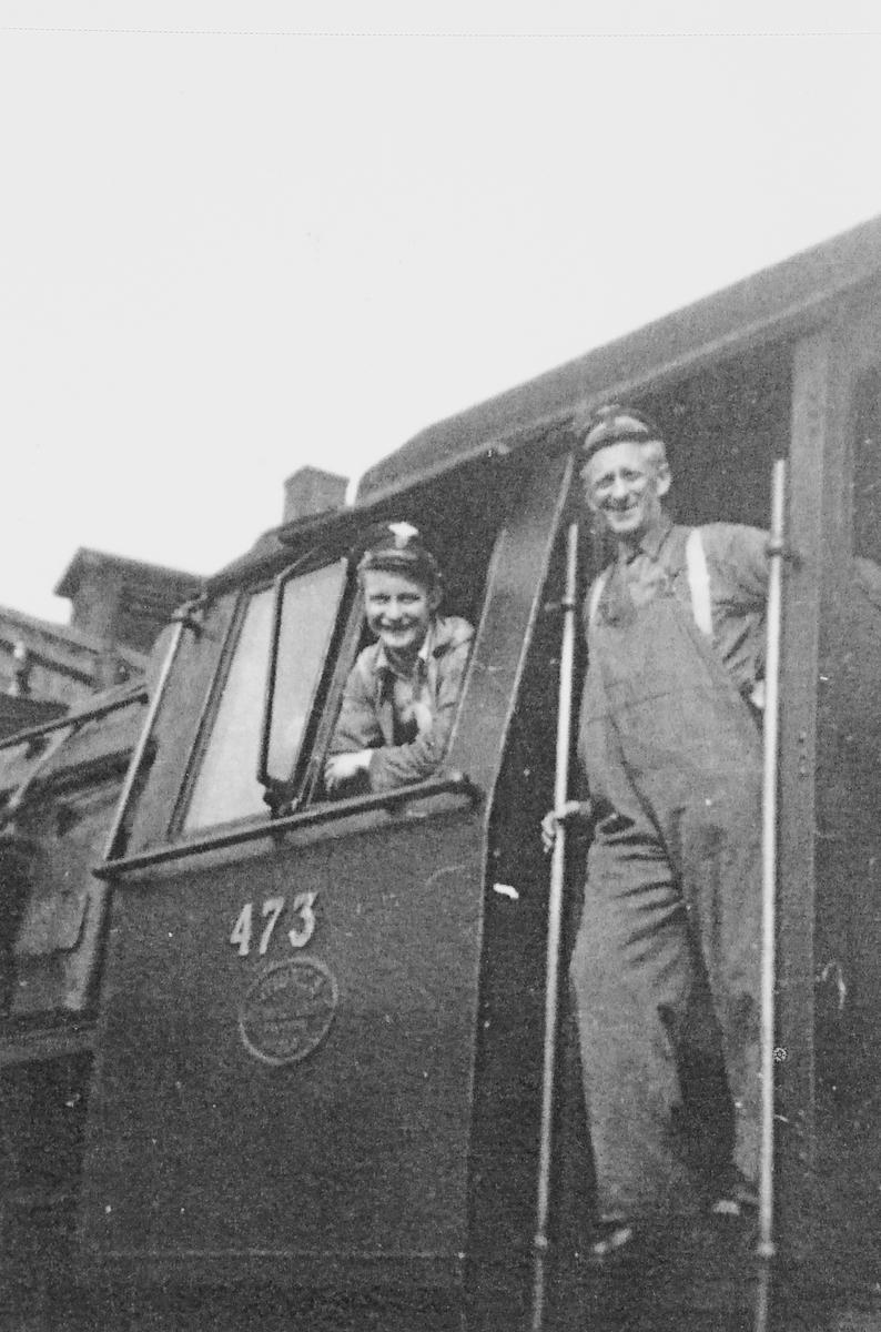 Lokomotivpersonalet på Dovregubben, damplok 49c nr. 473.
