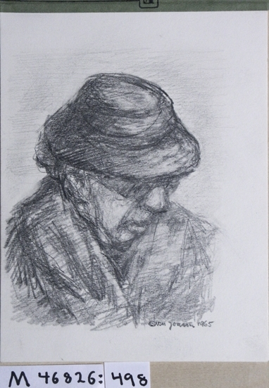 Kolteckning. Porträtt föreställande äldre kvinna med glasögon och hatt.