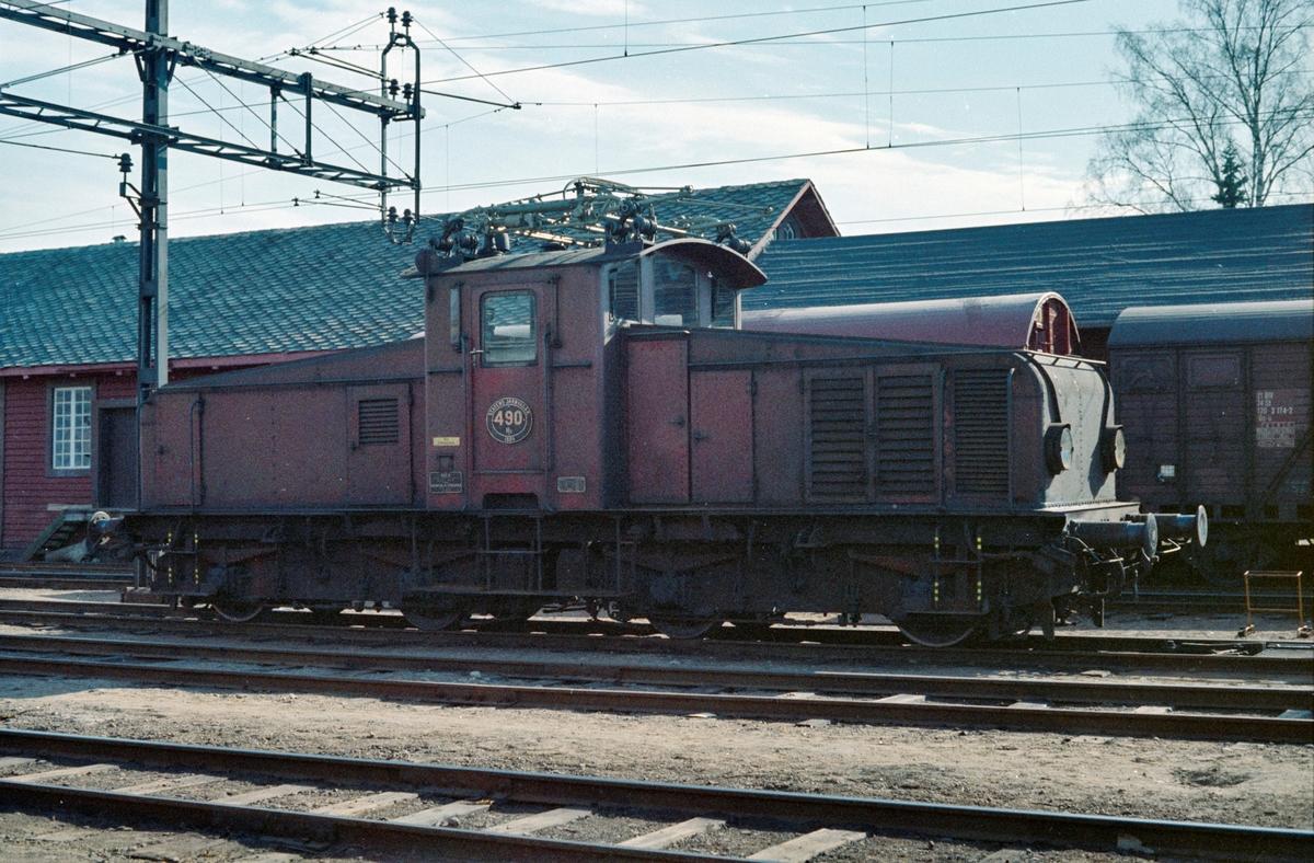 Svensk elektrisk lokomotiv type Hg nr. 490.