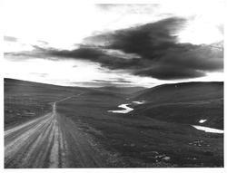 Over Isfjordfellet. Finnm.