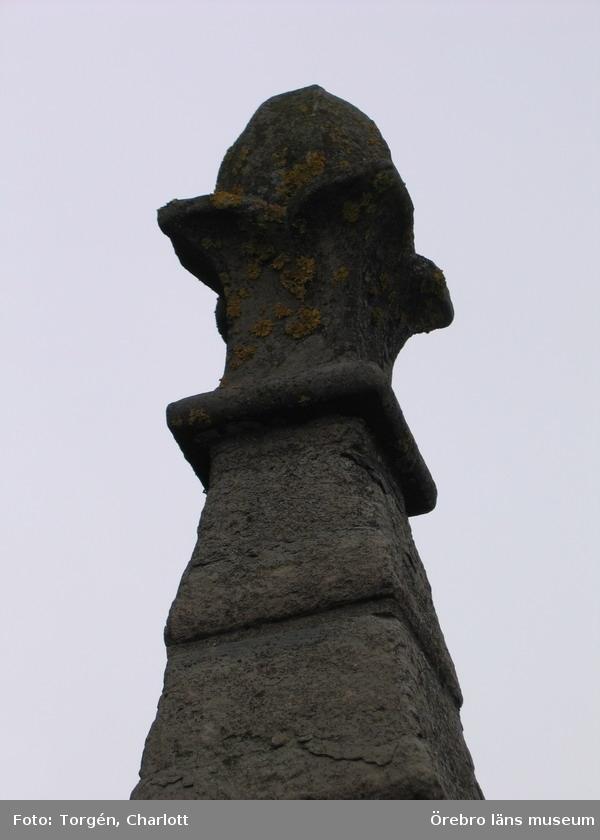 Renoveringsarbeten av tornfasader på Olaus Petri kyrka (Olaus Petri församling).Fialblomma, östra tornet.Dnr: 2008.230.065