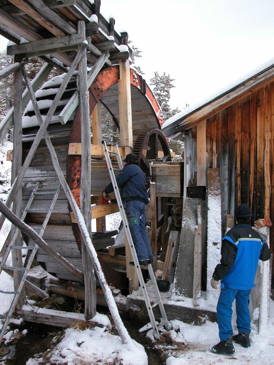 Overfallshjul restaurering Mellombekken Folldal