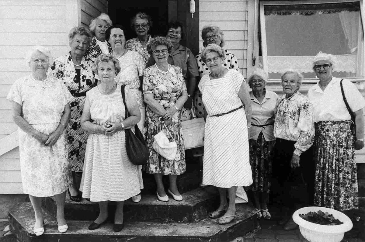 Bilder fra Birkenes kommune Kvinneforeningen i 1992