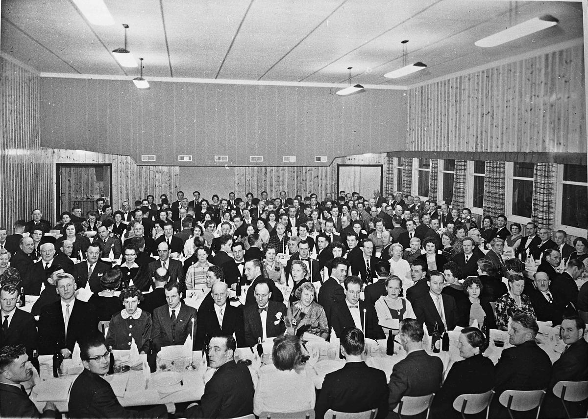 Innvielsen av Gullverket Samfunnshus 12. mars 1960