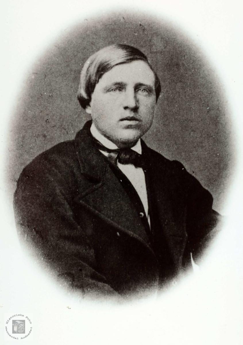 Portrett av Gynleiv J. Øydna. Grindheim.