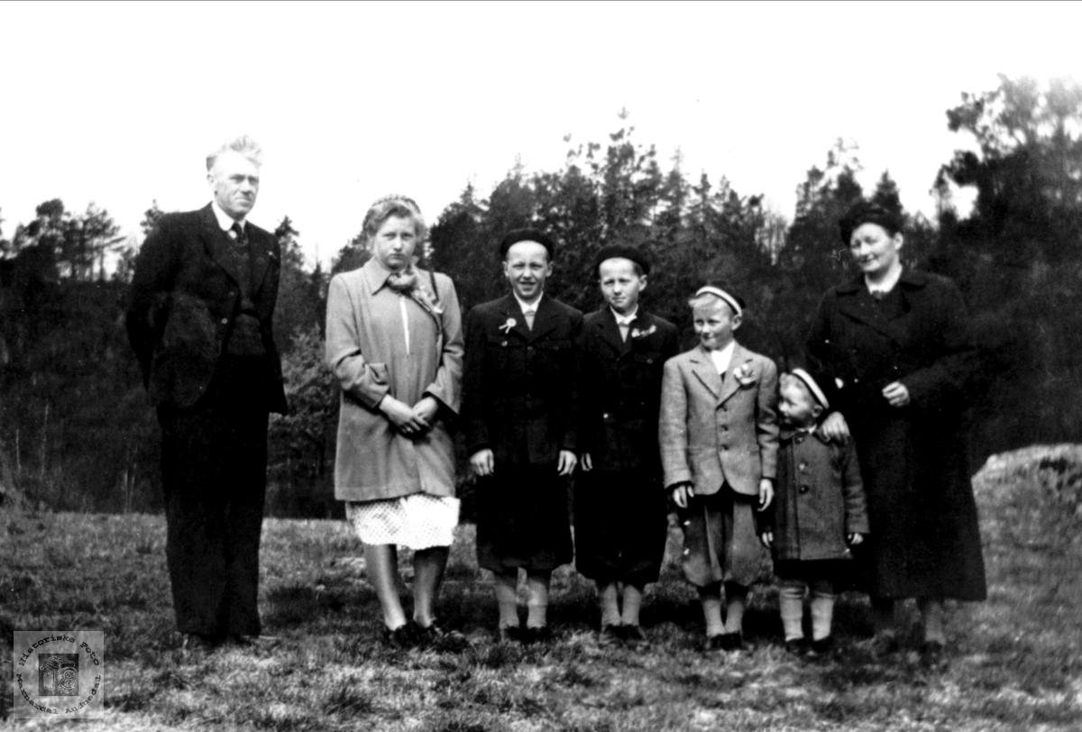 Familie på Manneråk, Øyslebø.