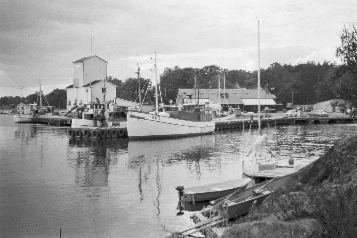 Fartyg: GOLDEN                          Övrigt: Karlshamnsbåtar