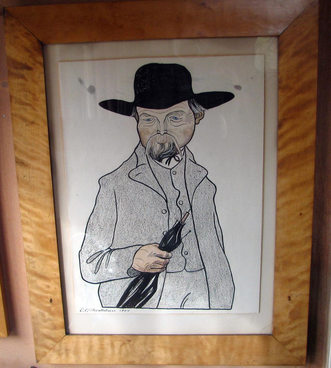 Rektangulær. Karikatur av O. Valstad, halvfigur, paraply i v. hånd, bart og skjegg, bredbremmet sort hatt