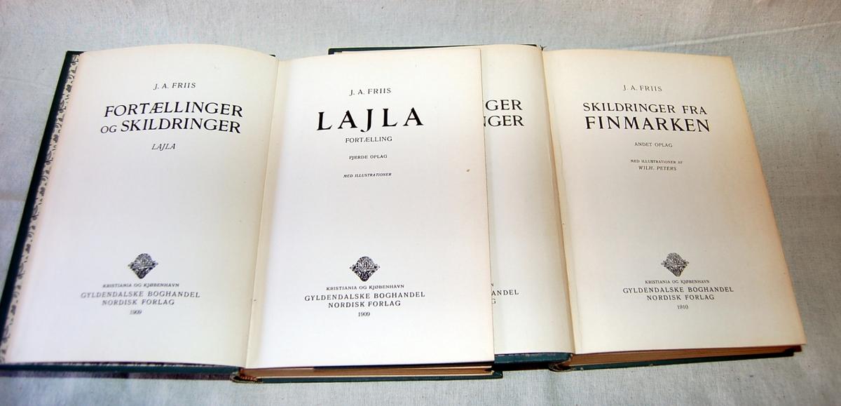 På forsiden av bøkene et mannsportrett omgitt av ramme med rosa blomster.