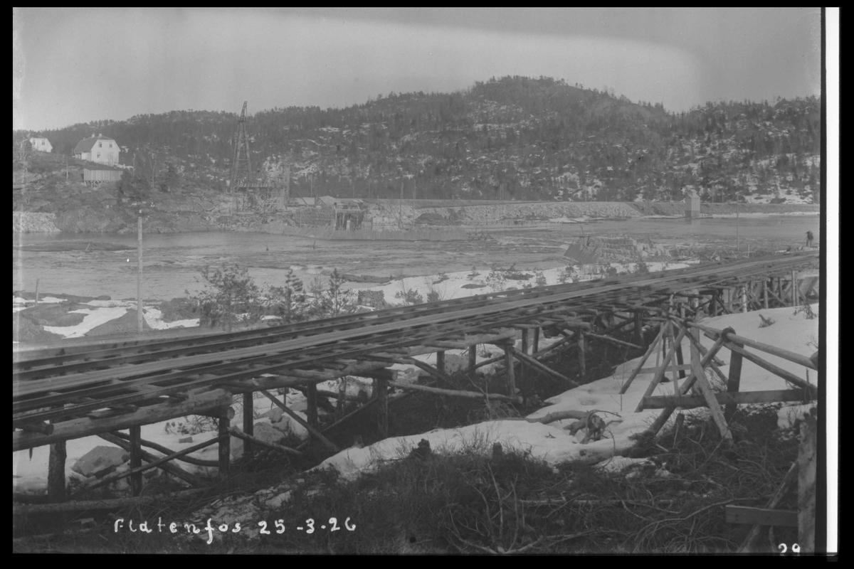 Arendal Fossekompani i begynnelsen av 1900-tallet CD merket 0010, Bilde: 26 Sted: Flatenfoss i 1926 Beskrivelse: Transportbane til steinbruddet på Olsbusida