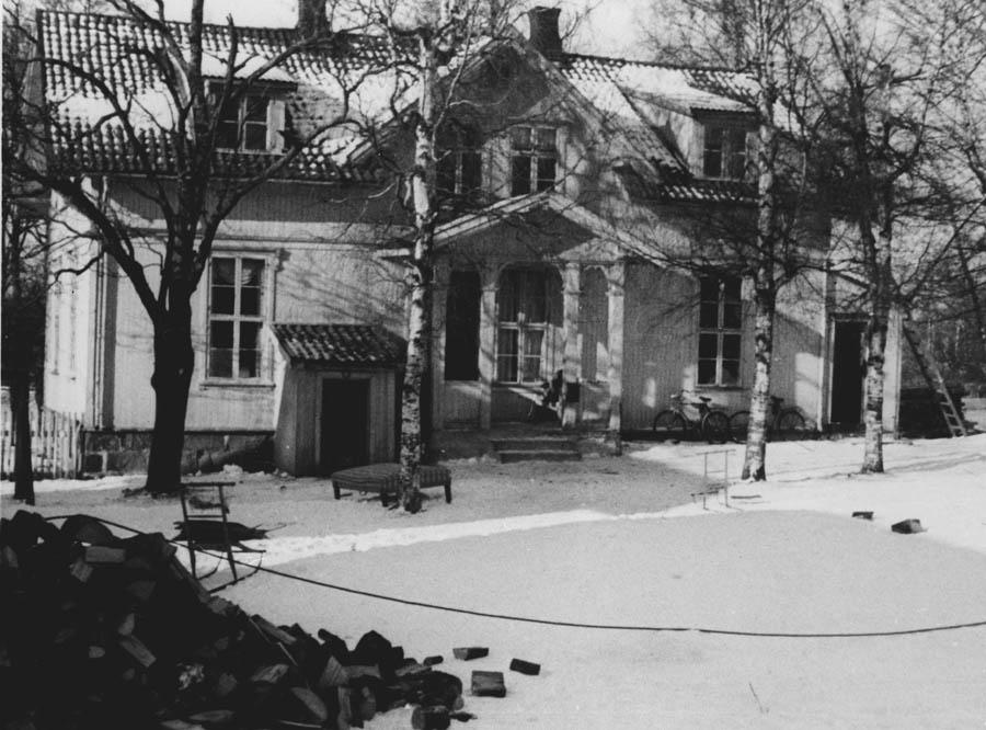 Bilde fra gården Sander Vestre som ble revet i 1950