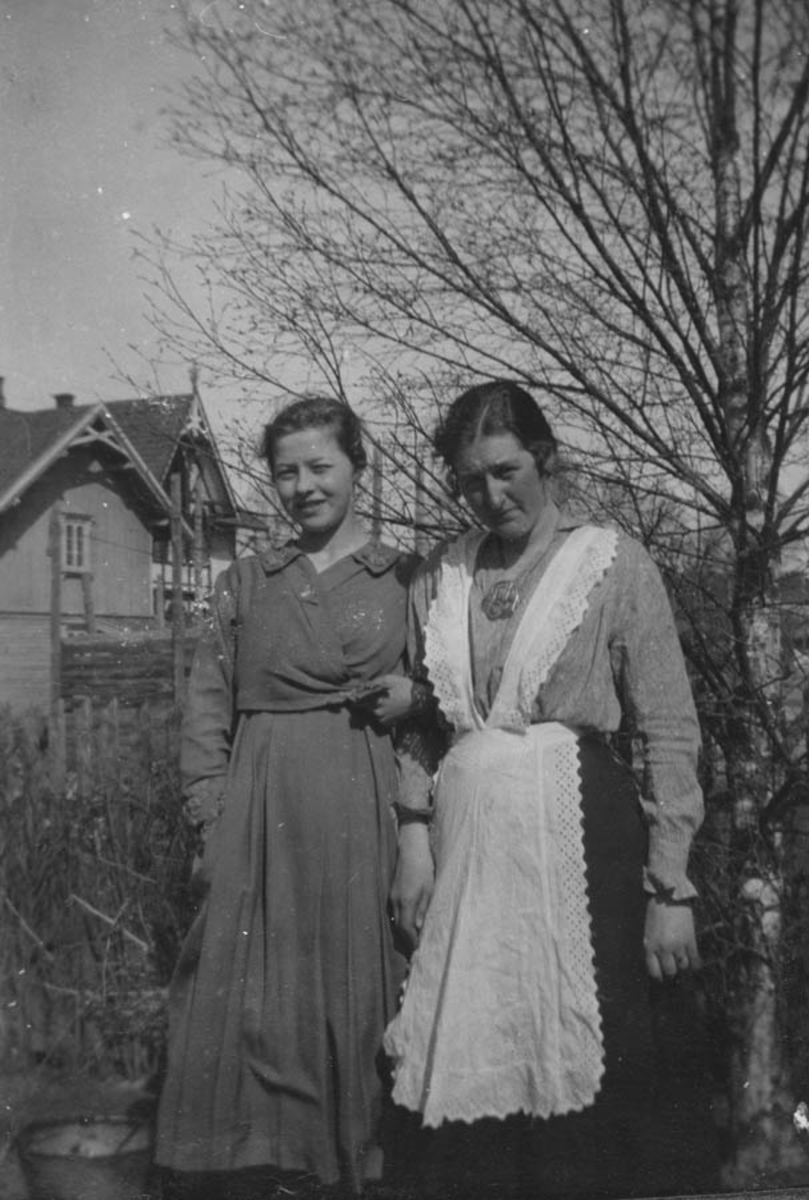 Fra venstre Klara Krosby og Borghild Mørk