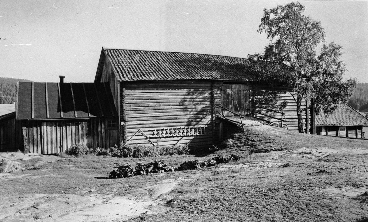 Låven på Røyri øvre gård.