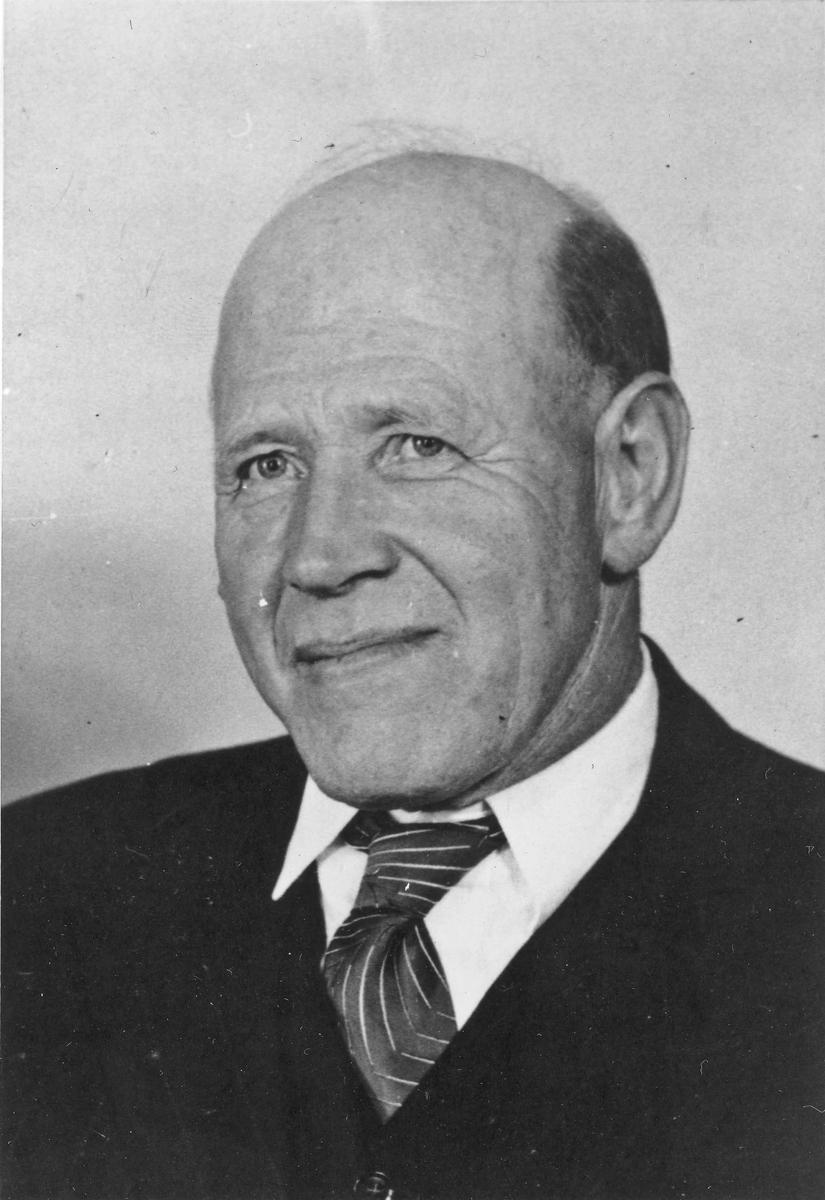 Gunnar Aarnæs. Formann i Feiring Arbeiderparti 1951.